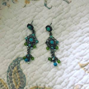 turquoise stone flower dangling earrings